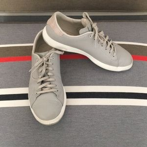 Grey leather tennis shoes